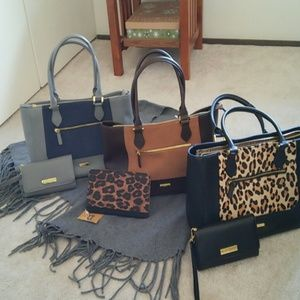 Stunning New Leather Iman Handbags w/wallets